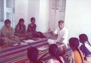K.V. Narayanaswamy 先生のVocal lesson.jpg